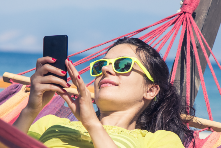 Why Your Church Needs Mobile Giving This Summer